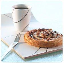 Улитка с карамелью и орехами пекан