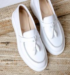 Туфли слипоны из белой кожи. Весна/лето*21