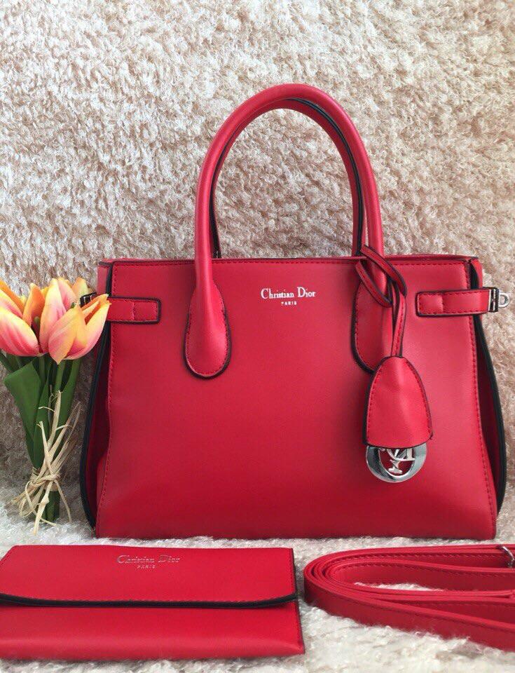 Сумки Christian Dior недорого можно купить у нас в