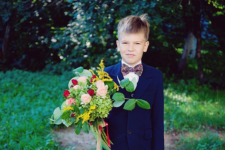 Букет для мальчика на первое сентября, букет