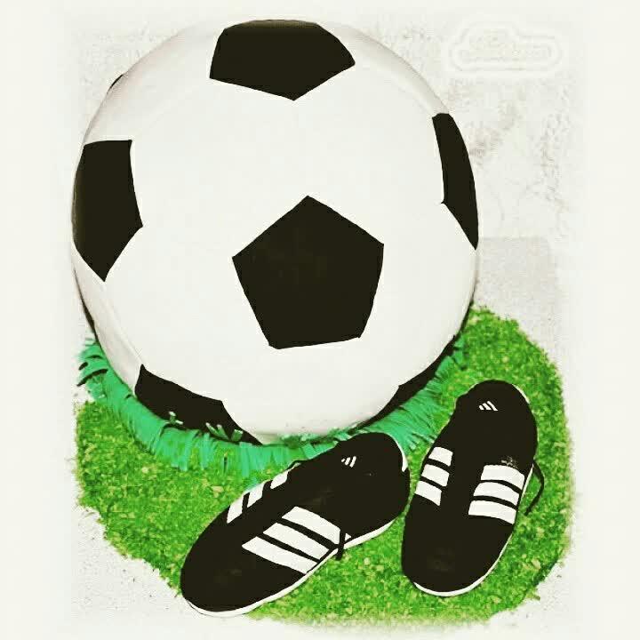 Открытка в форме футбольного мяча, всех
