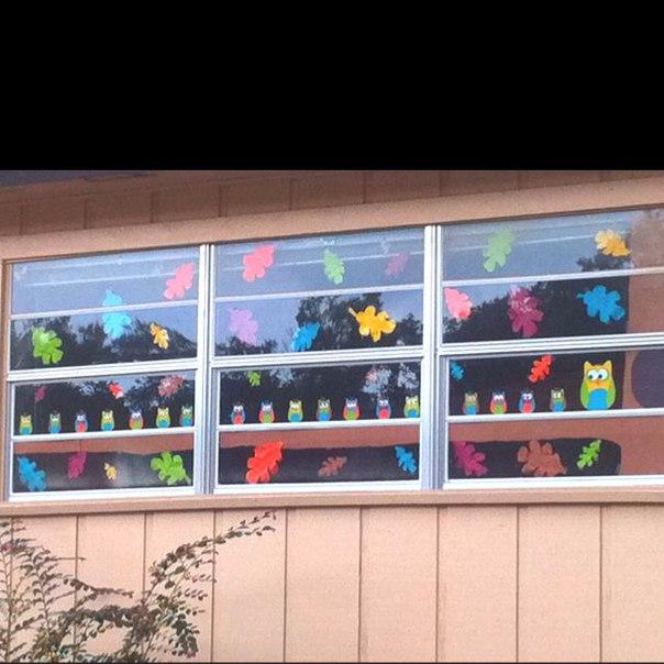 как украсить окно осенью фото