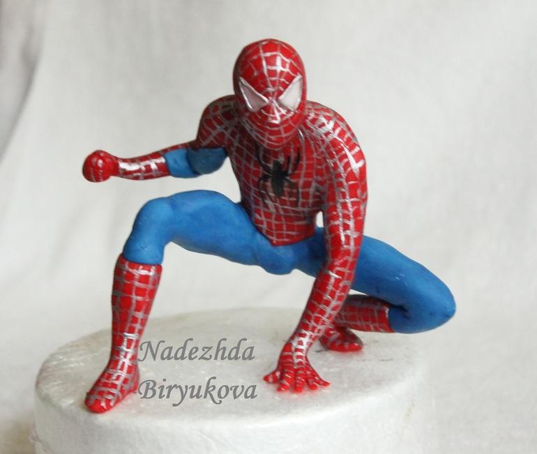 Человек паук из мастики пошагово фото